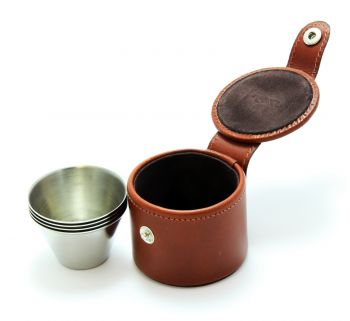 Small stirrup cups