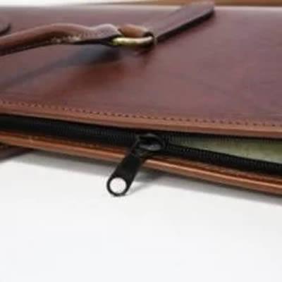 Brown Leather Gunslip